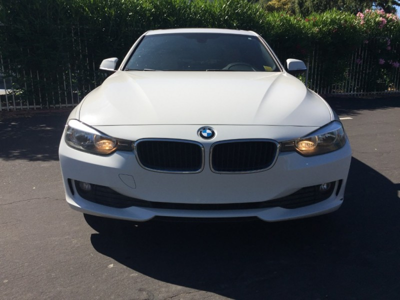 BMW 320i 2013 price $10,995