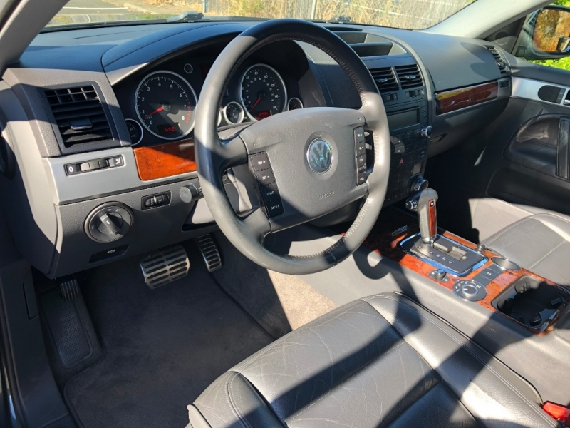 Volkswagen Touareg 2005 price $5,995