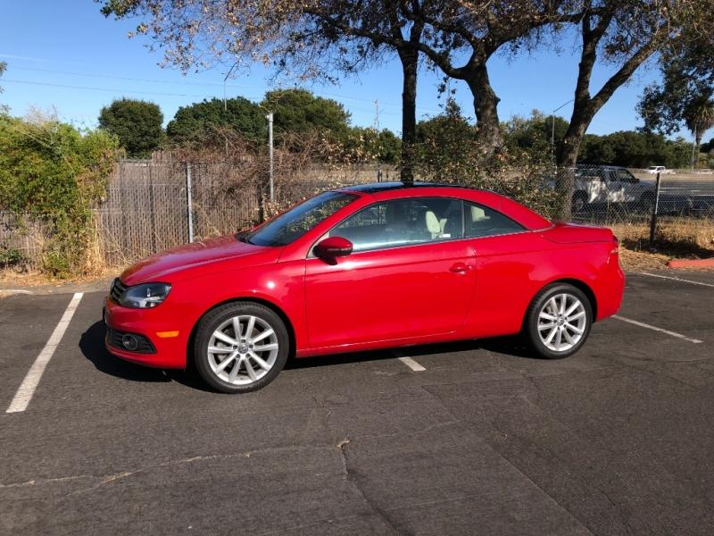 Volkswagen Eos 2014 price $9,995