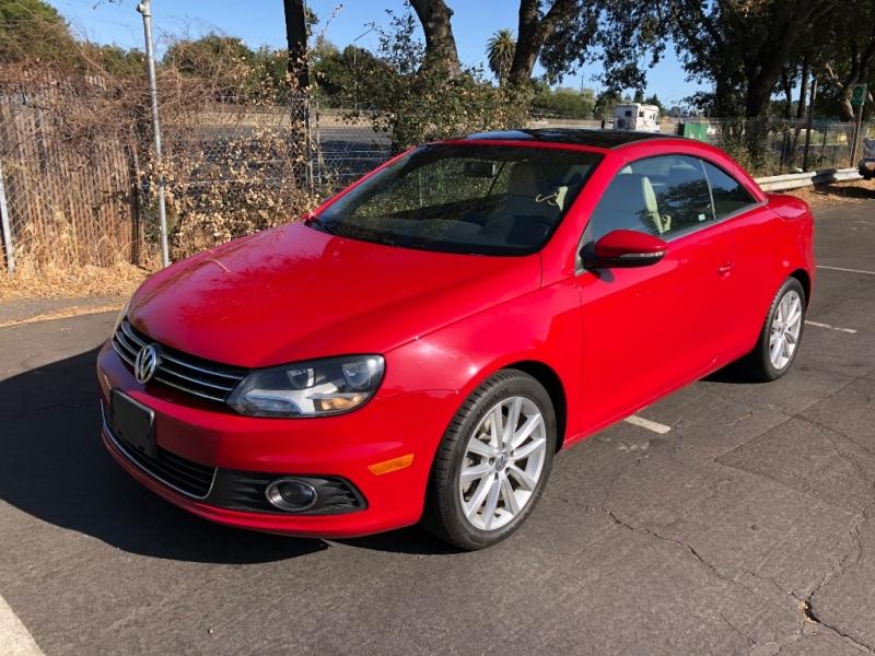 Volkswagen Eos 2014 price $10,995