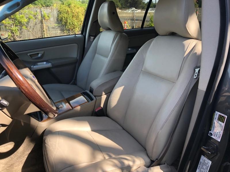 Volvo XC90 2005 price $5,500