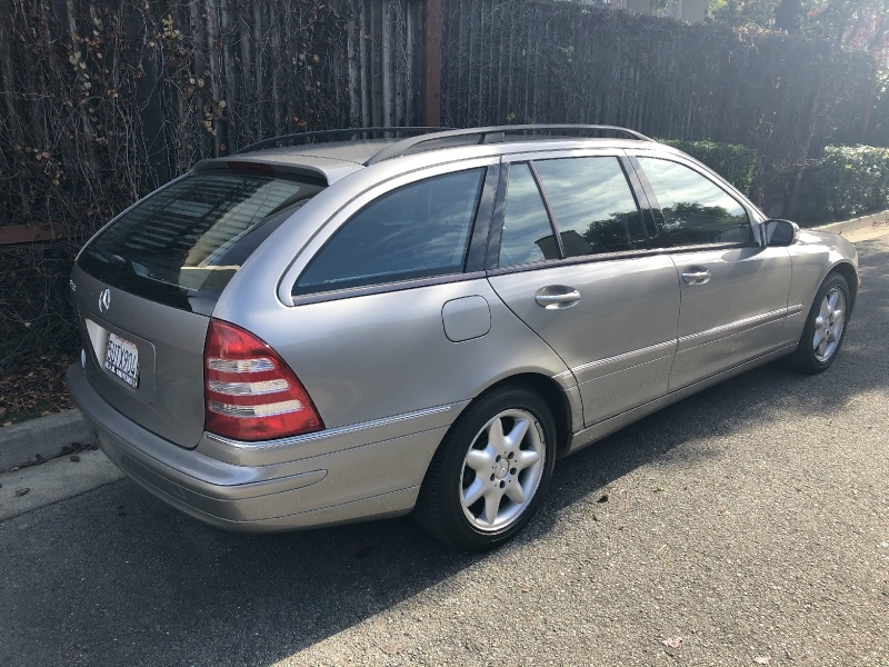 Mercedes-Benz C240 2004 price $5,395