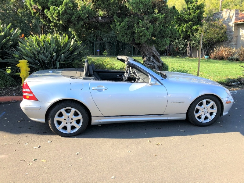 Mercedes-Benz SLK 230 Convertible 2003 price $5,800