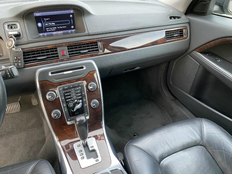 Volvo S80 2012 price $8,995
