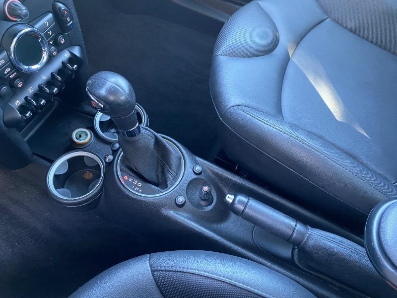 Mini Cooper S 2011 price $8,250
