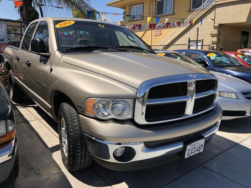 DODGE RAM 1500 2004 price $9,400