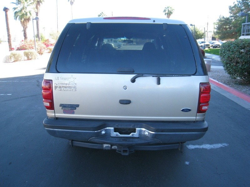 Ford Expedition 2000 price $1,900