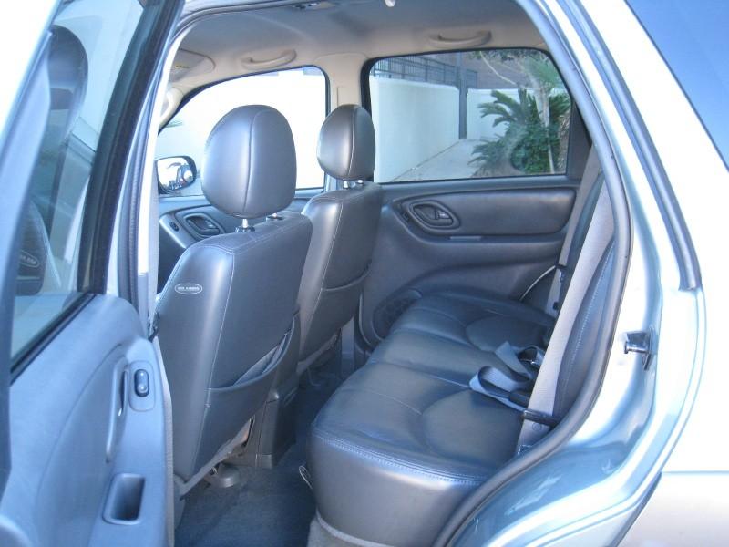 Mazda Tribute 2003 price $4,200 Cash