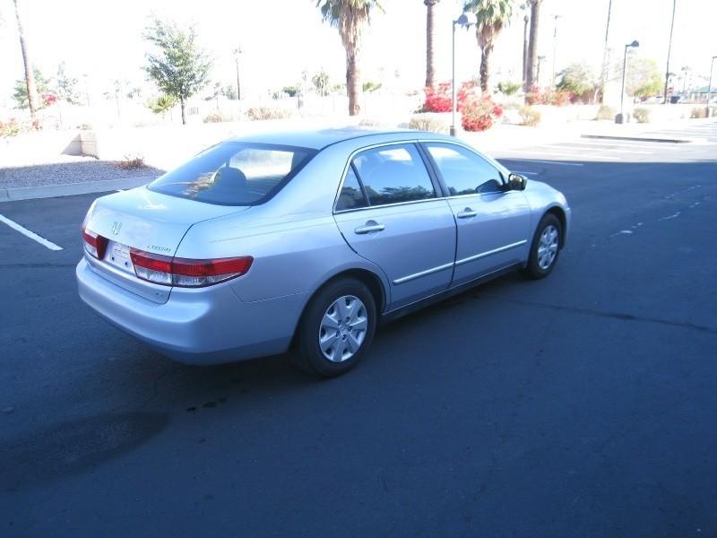 Honda Accord Sdn 2004 price $4,200 Cash