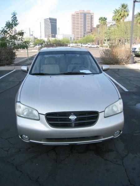 Nissan Maxima 2000 price $3,295 Cash