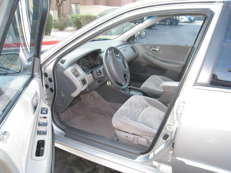 Honda Accord Sdn 2001 price $4,295 Cash