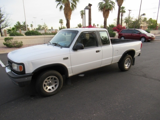 1997 Mazda 4WD B-Series Pickup