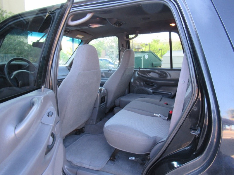 Ford Expedition 2001 price $5,200 Cash