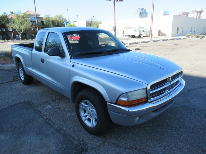 Dodge Dakota 2004 price reduce too 4400.00