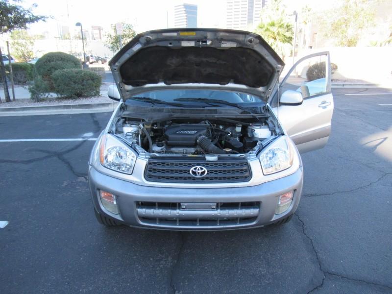 Toyota RAV4 2001 price $4,900 Cash