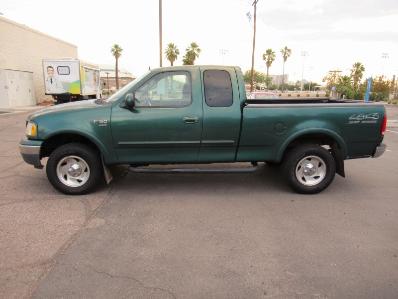 Ford F-150 2000 price $4,600 Cash