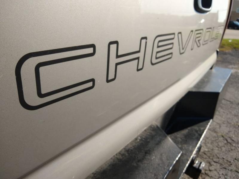 CHEVROLET SILVERADO 2500 2001 price $2,999
