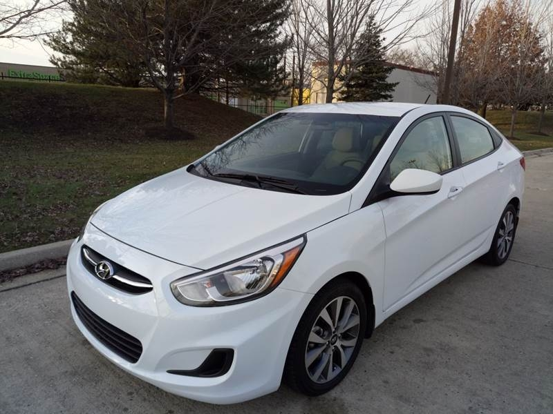 2017 hyundai accent value edition 4dr sedan inventory western star auto sales auto. Black Bedroom Furniture Sets. Home Design Ideas