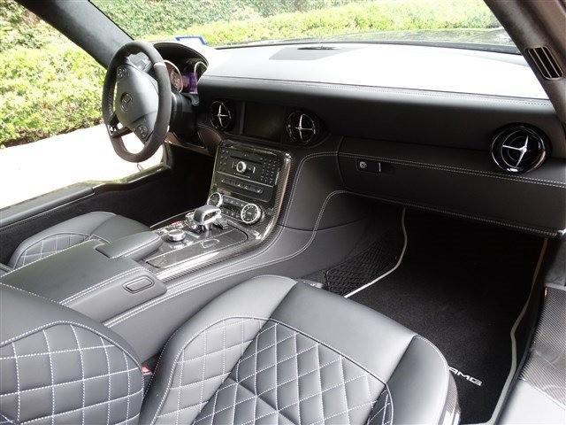 Mercedes-Benz SLS AMG GT 2015 price $1,500