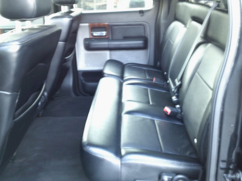 Ford F-150 2004 price $9,995 Cash