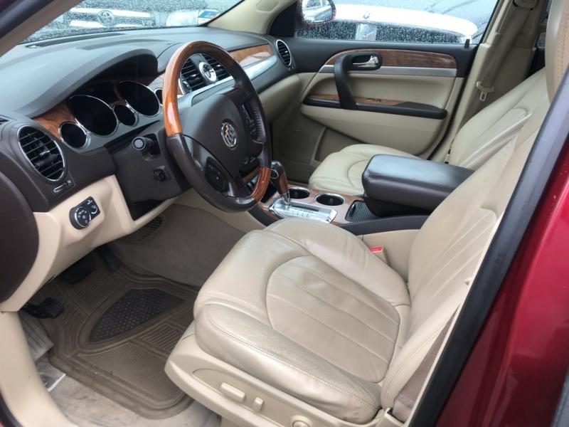 Buick Enclave 2010 price $8,995 Cash