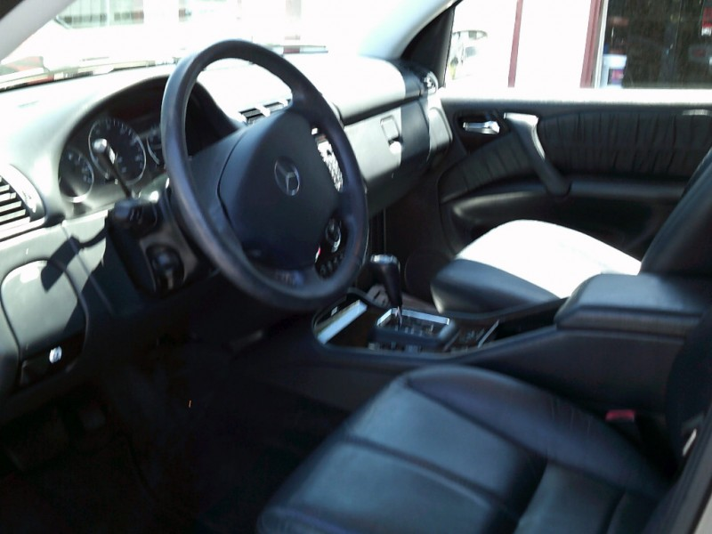 Mercedes-Benz M-Class 2005 price $6,795 Cash