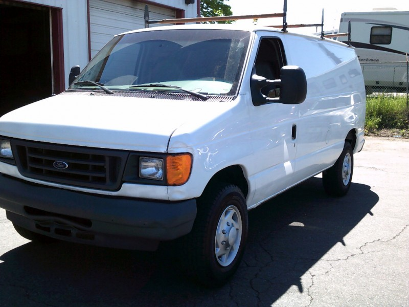 Ford Econoline Cargo Van 2007 price $7,995 Cash