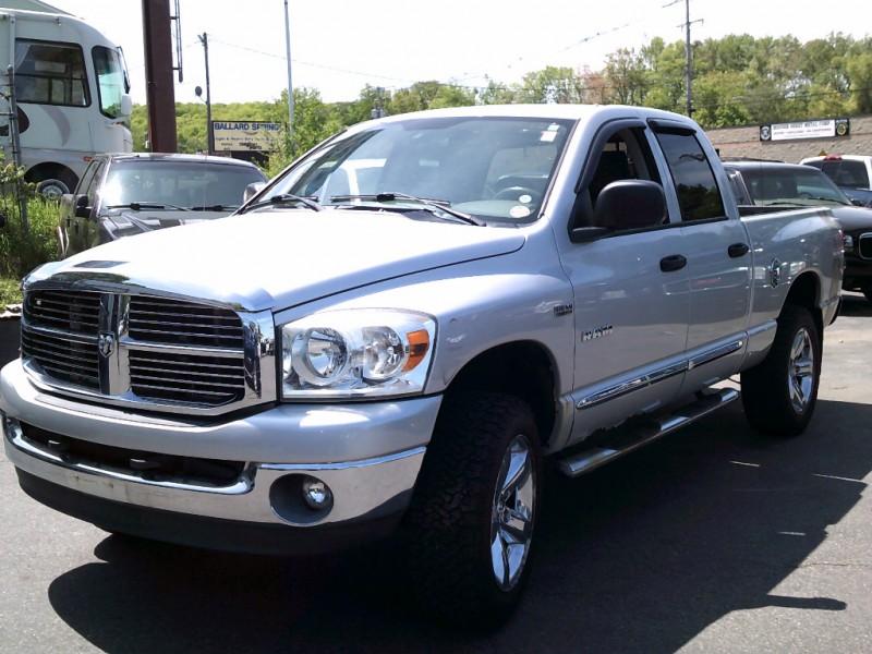 Dodge Ram 1500 2008 price $8,995 Cash