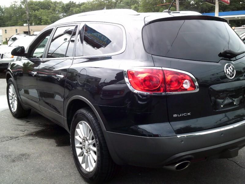 Buick Enclave 2011 price $7,995 Cash