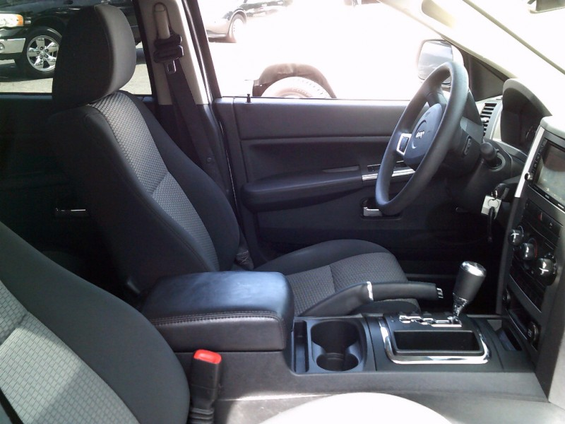 Jeep Grand Cherokee 2010 price $6,995 Cash