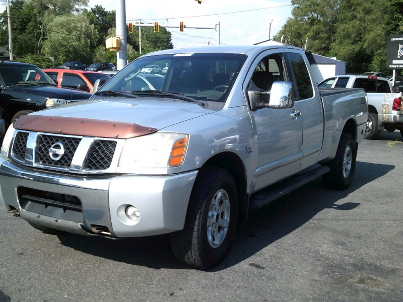 Nissan Titan 2004 price $6,995 Cash