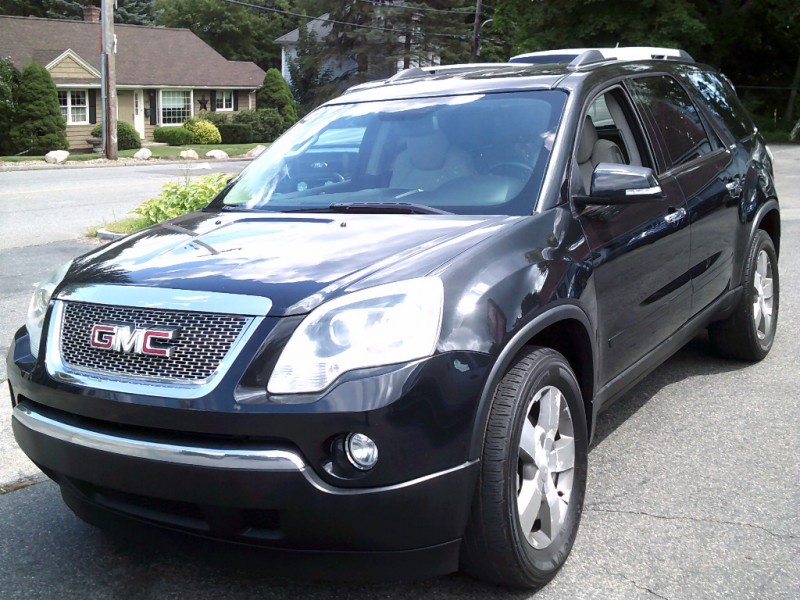 GMC Acadia 2010 price $7,995 Cash
