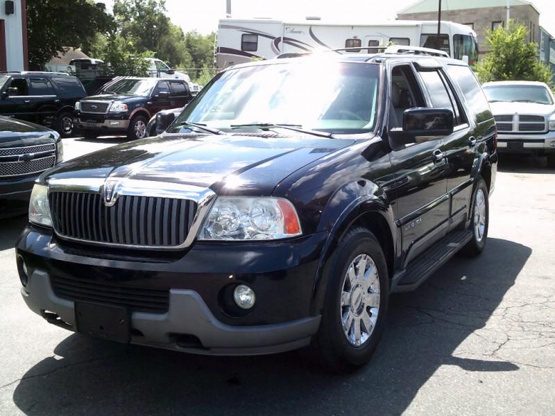 Lincoln Navigator 2004 price $5,995 Cash