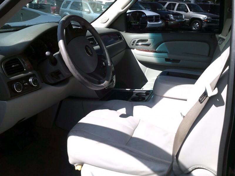 Chevrolet Avalanche 2007 price $6,995 Cash