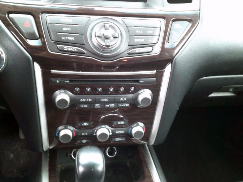 Nissan Pathfinder 2013 price $9,995 Cash