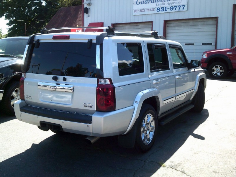 Jeep Commander 2006 price $4,995 Cash