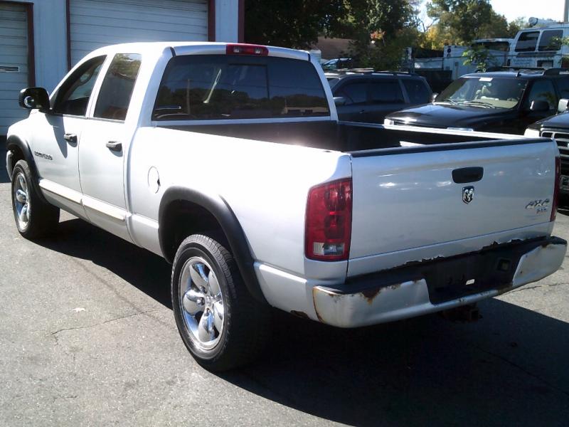Dodge Ram 1500 2005 price $4,995 Cash