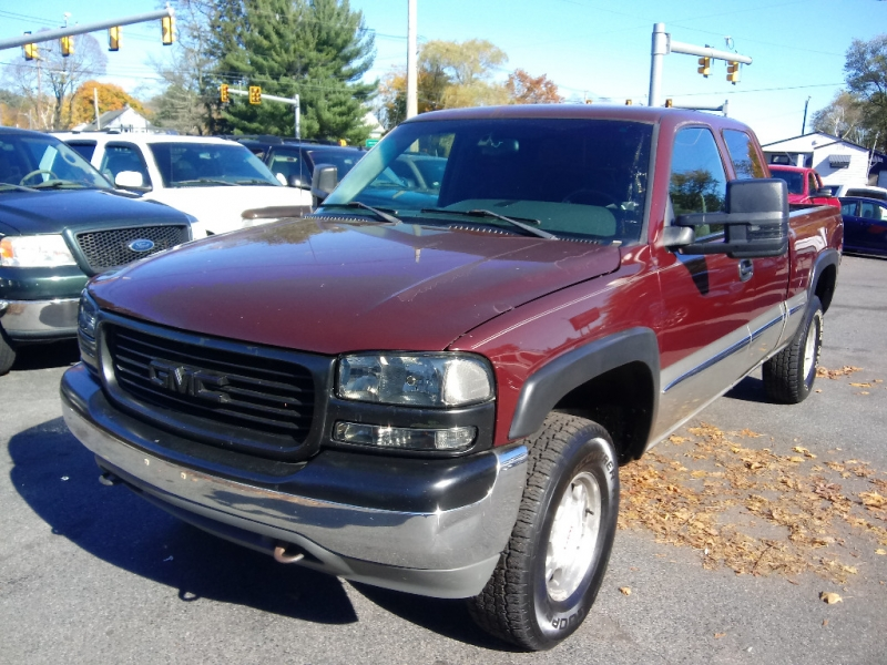 GMC Sierra 1500 2002 price $6,995 Cash