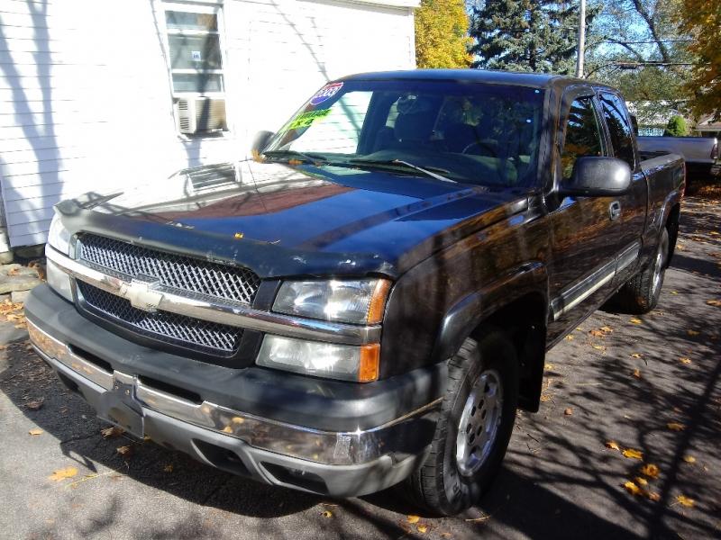 Chevrolet Silverado 1500 2003 price $7,995 Cash