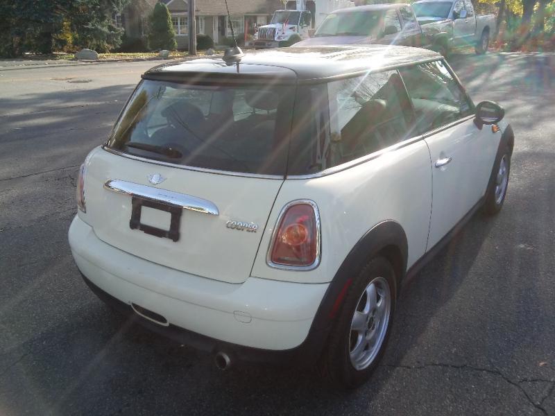 Mini Cooper Hardtop 2008 price $4,500 Cash