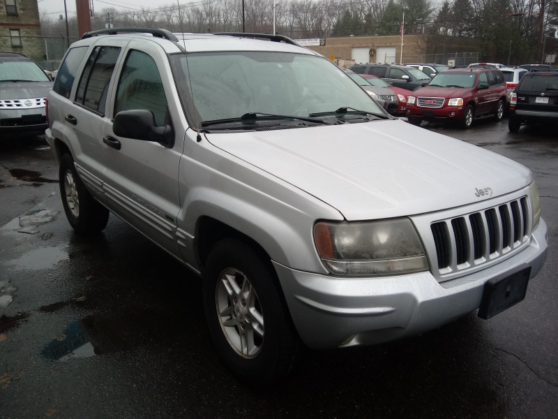 Jeep Grand Cherokee 2004 price $3,995 Cash