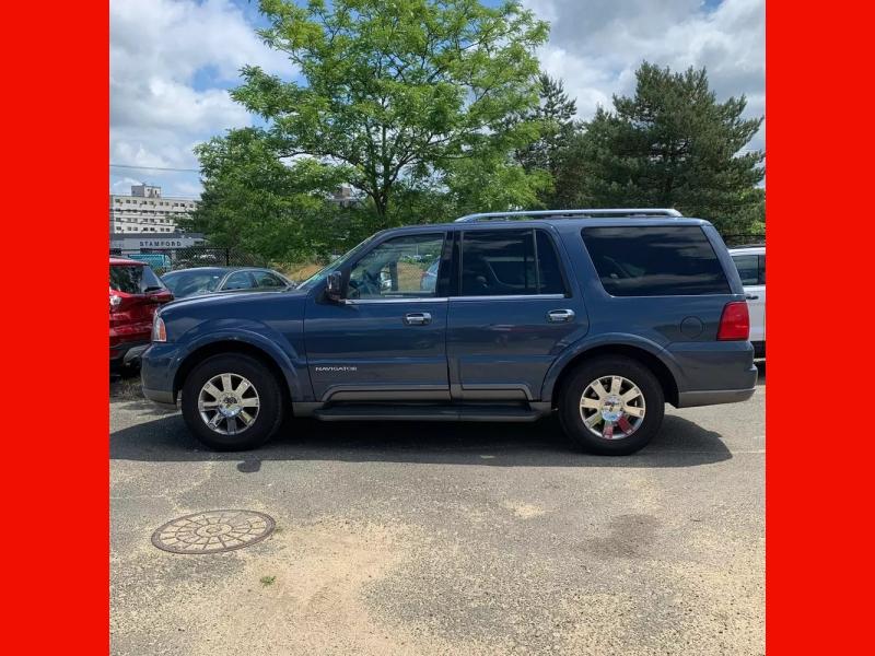 Lincoln Navigator 2004 price $4,995 Cash