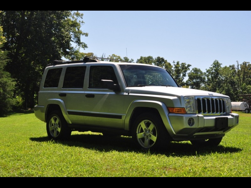 Jeep Commander 2006 price $6,795 Cash