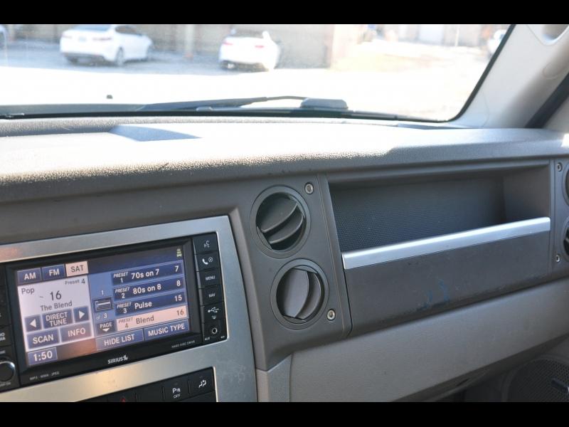 Jeep Commander 2010 price $11,995 Cash
