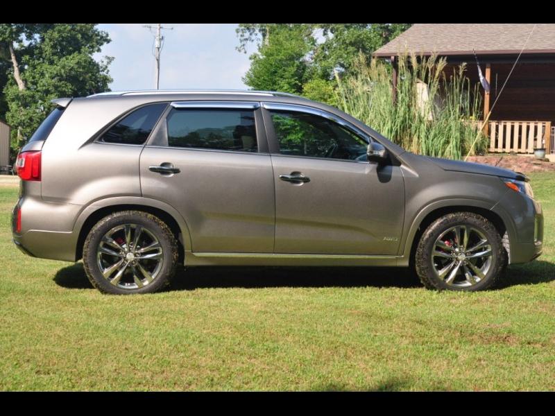 Kia Sorento 2015 price $20,795