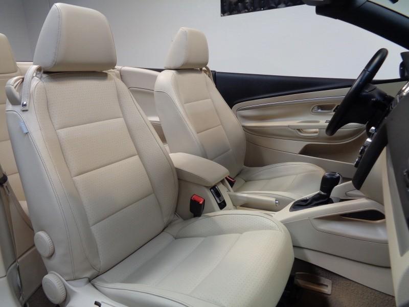 Volkswagen Eos 2012 price $10,995