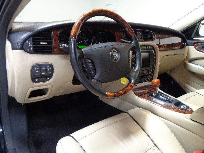 Jaguar XJ 2007 price $11,995