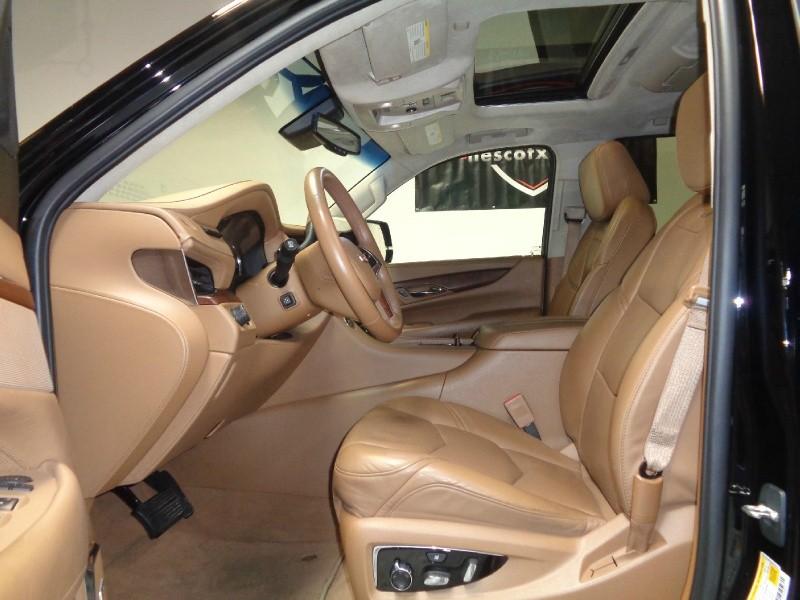 Cadillac Escalade ESV 2016 price $47,995