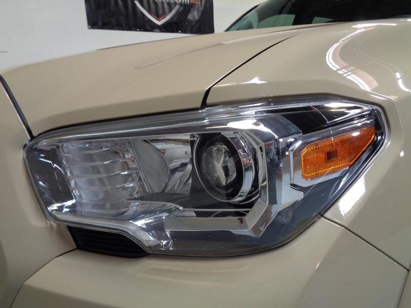 Toyota Tacoma 2017 price $26,995