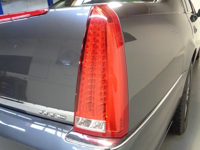 Cadillac DTS 2011 price $9,995